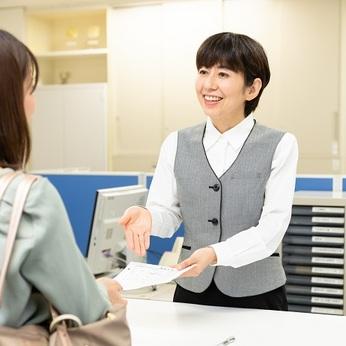 日本総合住生活はUR都市機構関連の管理会社。UR賃貸住宅の管理事務所スタッフです。女性活躍中!